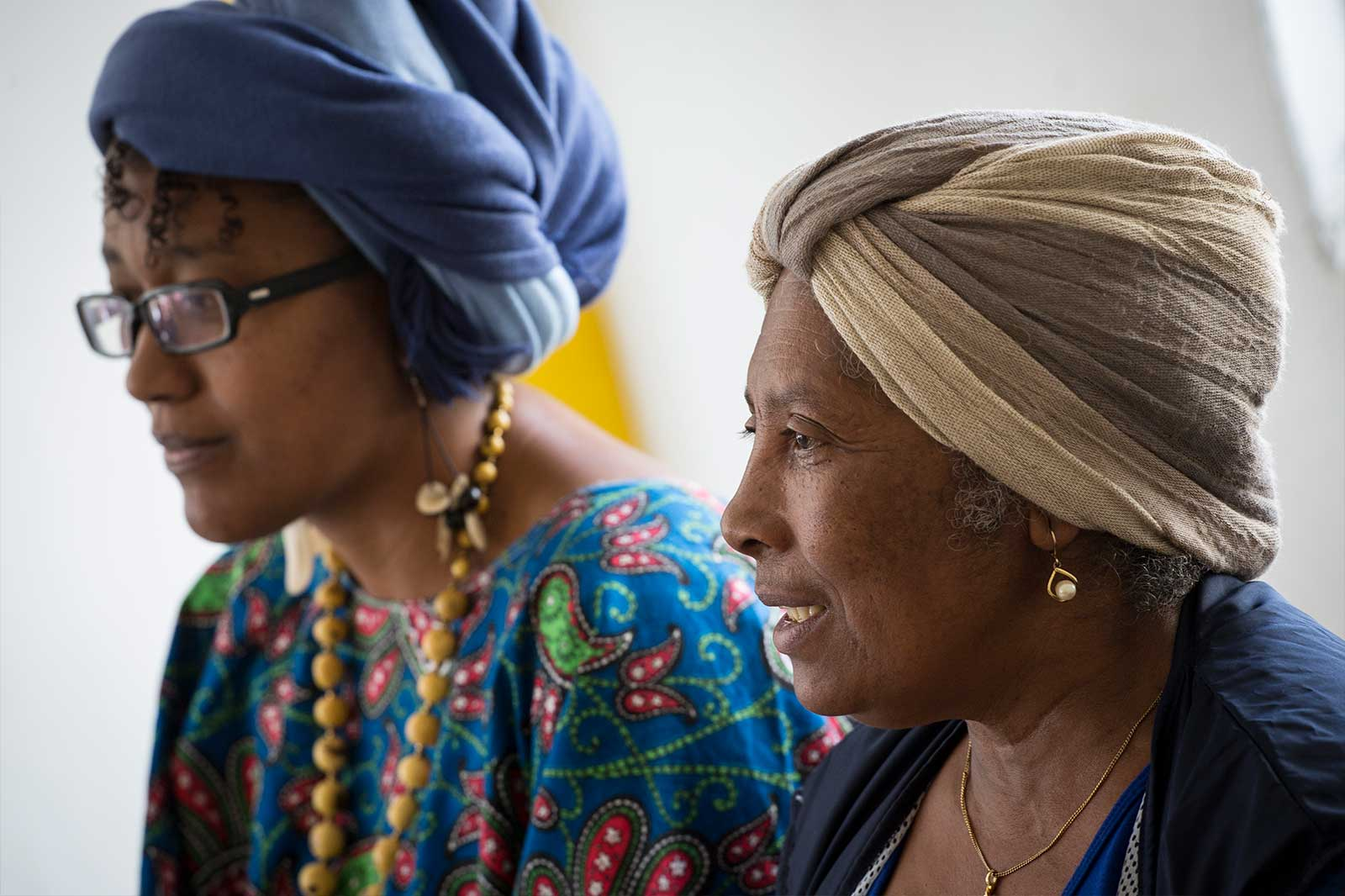 Creada en 1999, la Coordinadora Nacional de las Mujeres Negras - CONAMUNE es una red constituida por organizaciones de mujeres afroecuatorianas con el fin de luchar contra la violencia, la inequidad, la exclusión y la falta de oportunidades de la que son objeto las mujeres afroecuatorianas.