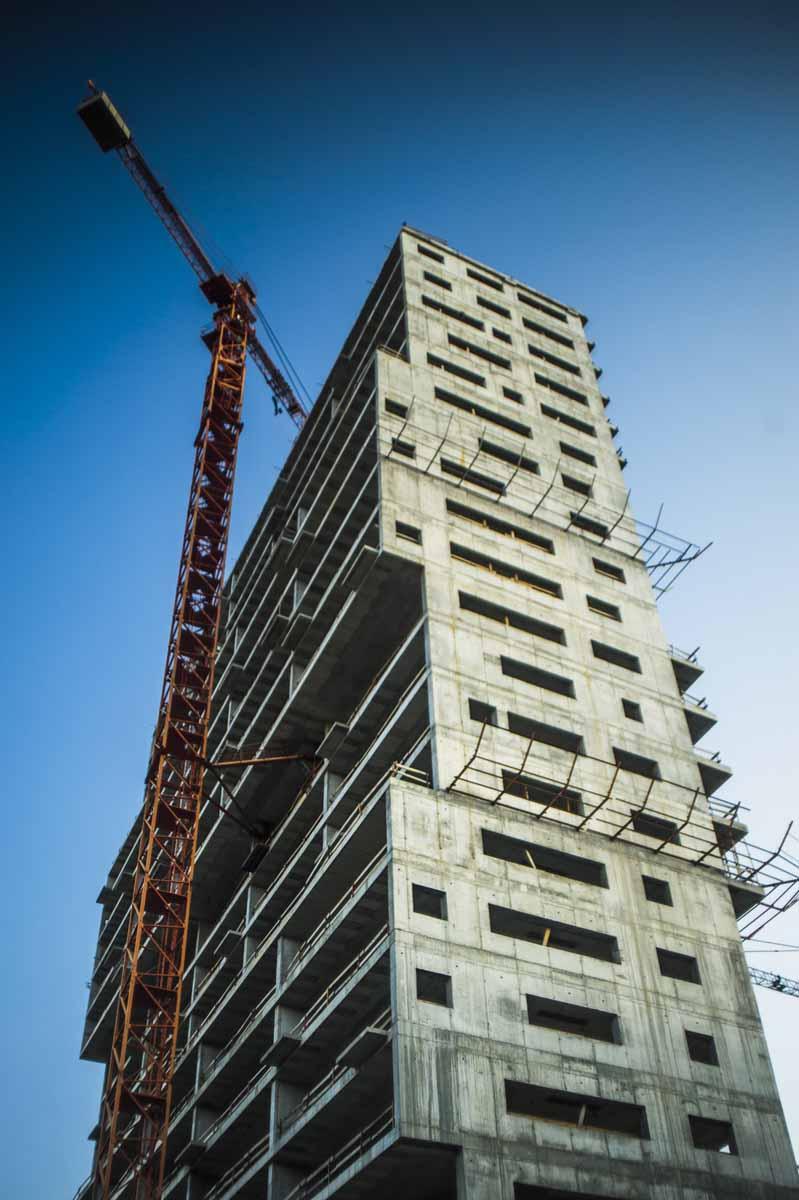 """L Invertida"" Building."